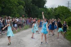 Pouring Water dance — Julia Aplin & Swansea School of Dance. Photo: Giulio Muratori.